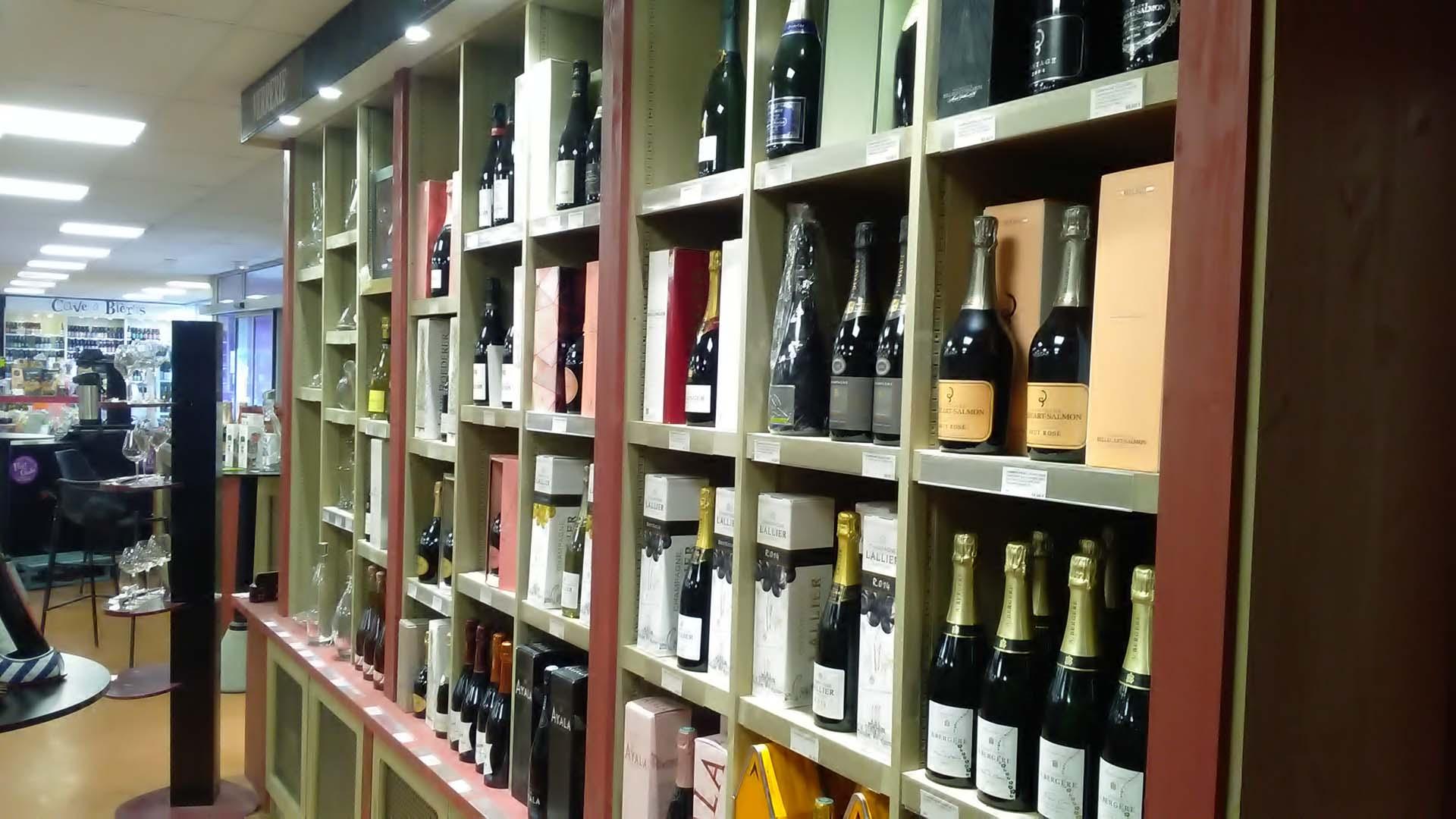 Une large sélection de spriritueux- caviste ViniGusto Lorient (Morbihan)